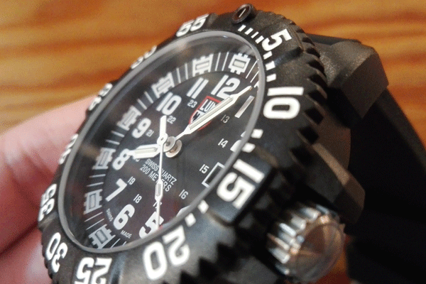 luminox-3051-review-sub3