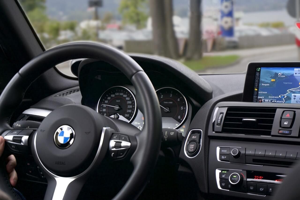 状態が良い中古車の購入を見極めるポイント:内装(インテリア)